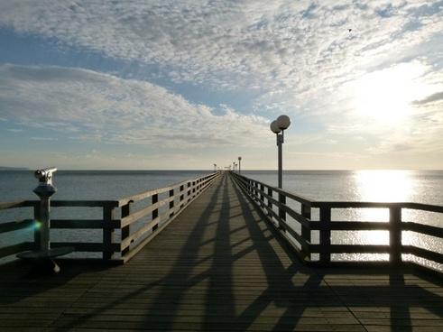 france pier dock