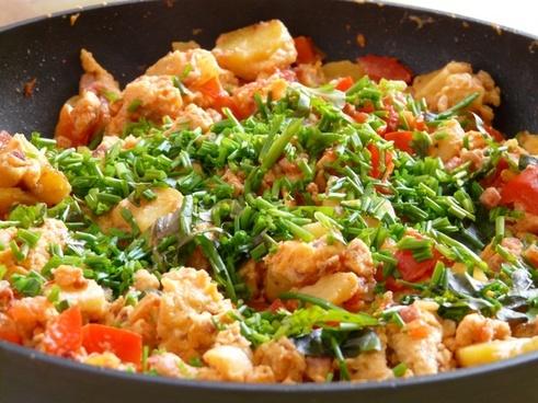 fry up pan eat
