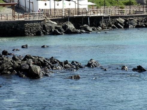 galapagos bay