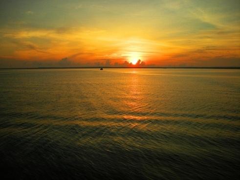 galapagos sunset ii