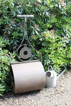 garden roller amp watering can