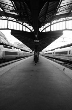 gare de l'est train station