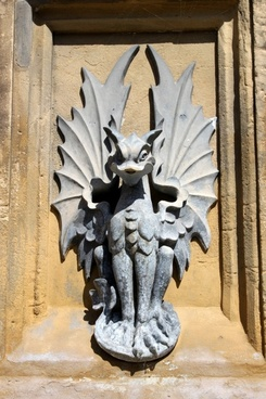 gargoyle dragon fountain figure water feature