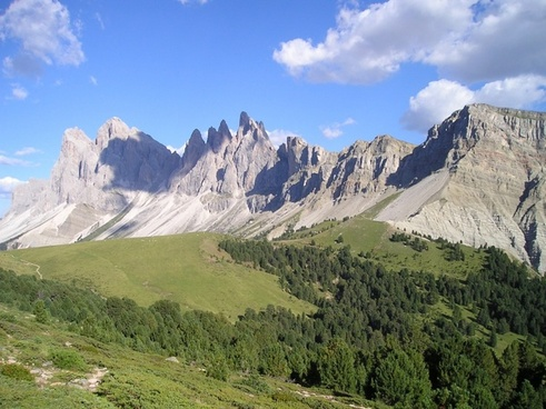 geisler range mountains dolomites