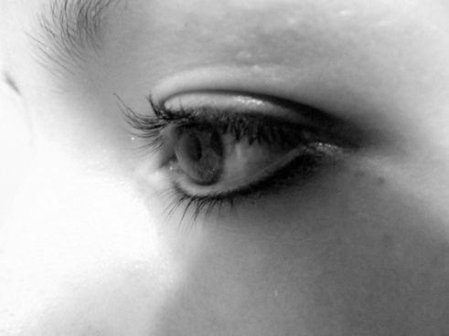 girl eye black