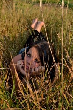 girl grass pretty
