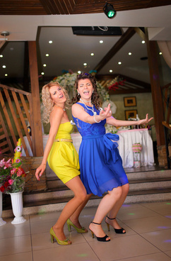 girls dancing on wedding