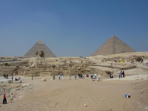 giza pyramids 2011