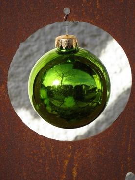 glass ball sparkle green