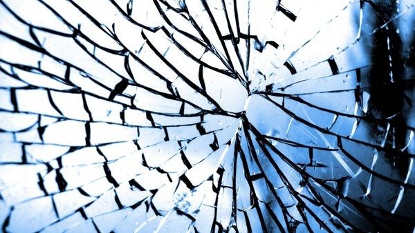 glass crack broken