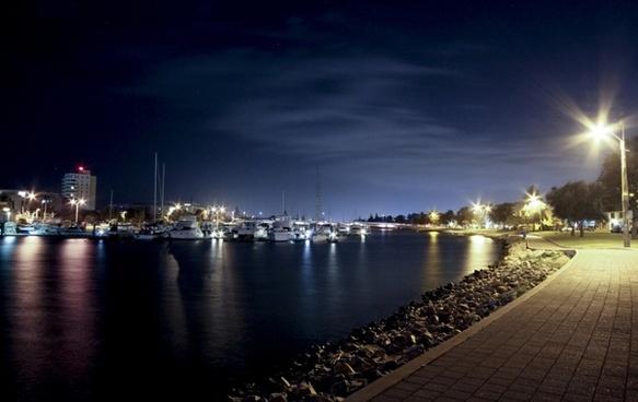 glenelg harbour water