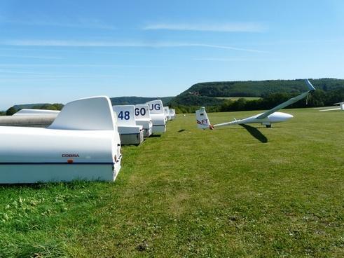gliding glider transport
