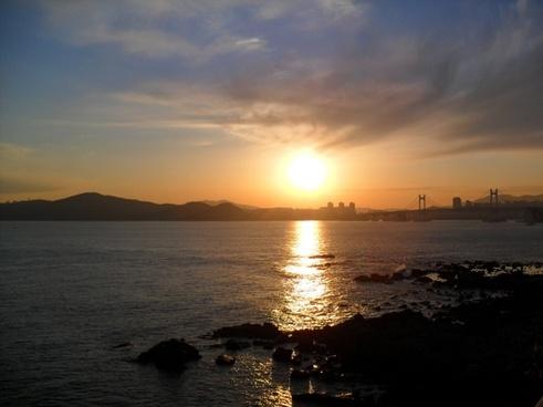 glow sea sunset