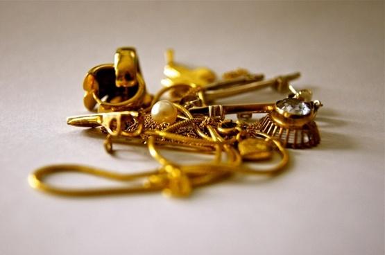 gold jewellery chain