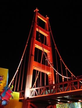 golden gate entrance at night