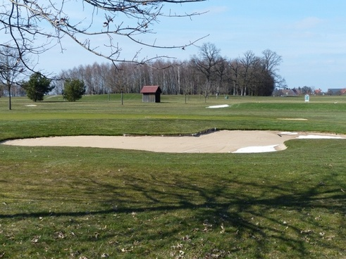 golf course green space bunker