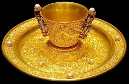 gorgeous gold cups and plates