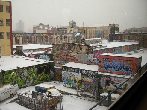 graffiti in queens new york city