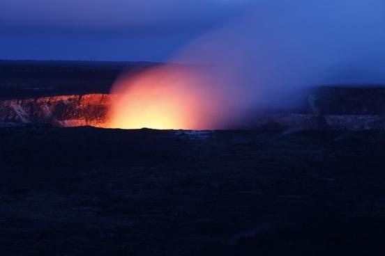 hawaii volcano hot