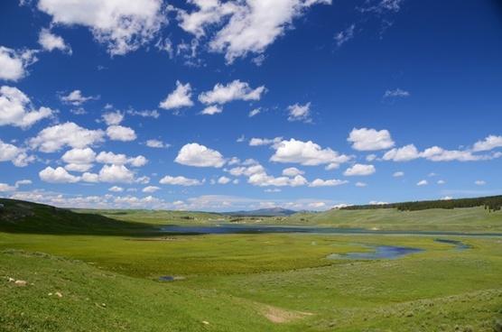 hayden valley yellowstone valley