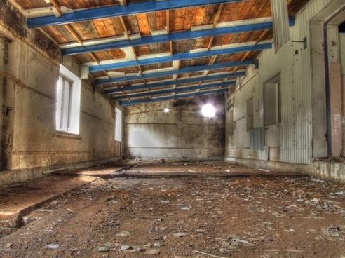 hdr garage old