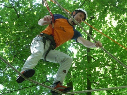 high ropes course balance voltage