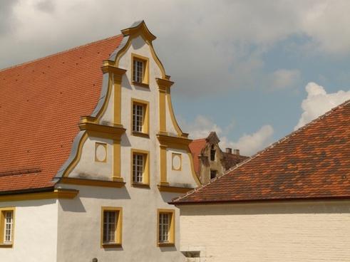 home facade baroque