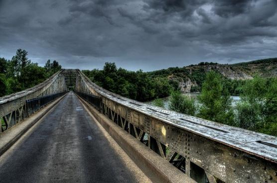 horror bridge