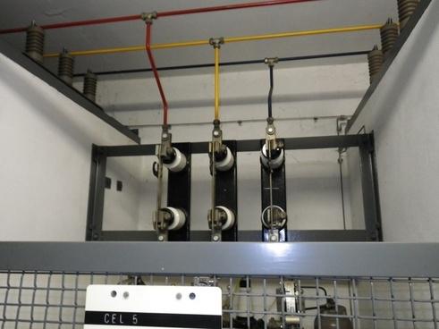 hs open high voltage