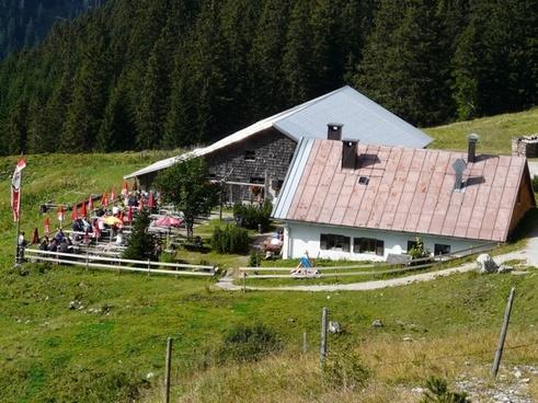 hut mountain hut break
