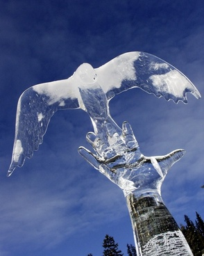 ice carving lake louise