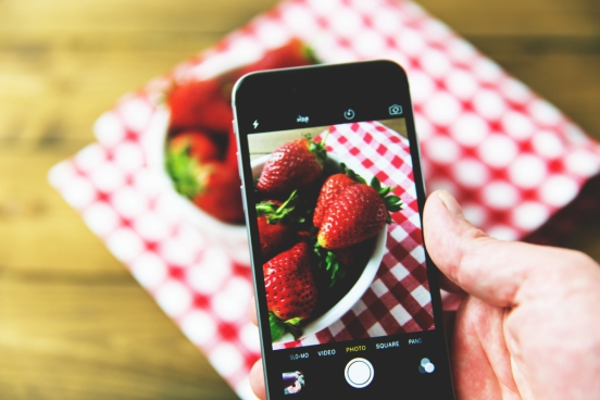 iphone capturing fruit photo