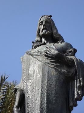jesus statue fig