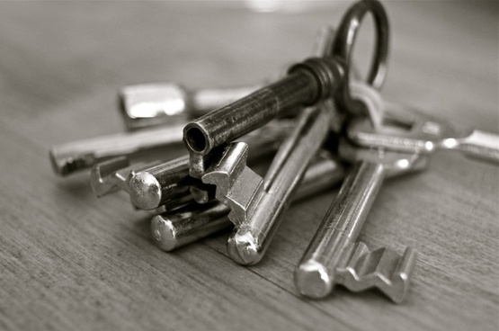 key metal home