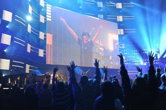 kid rock concert auditorium