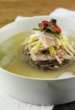 korean cold soup korean food