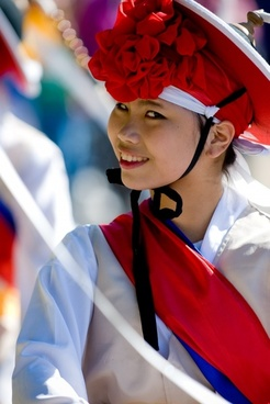 korean woman maefchen