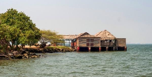 lake maracaibo venezuela restaurant