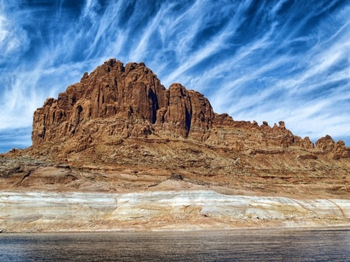 lake powell arizona mountains