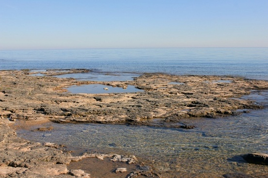 lake rocks and tide pools at whitefish dunes state park wisconsin