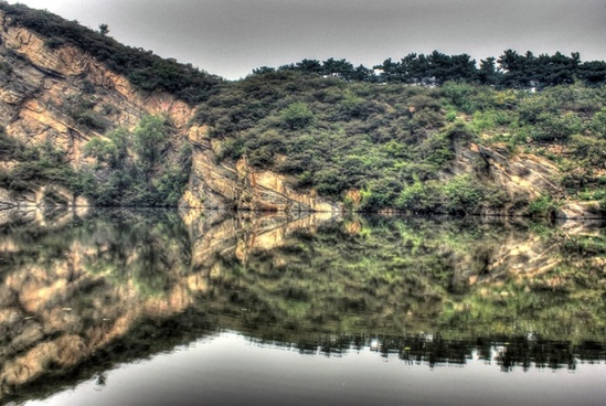 landscape and reflections in immortal039s valley china