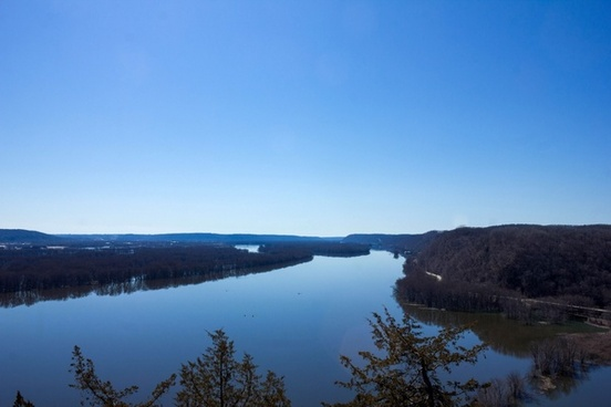 landscape of the wide gaping mississippi at effigy mounds iowa