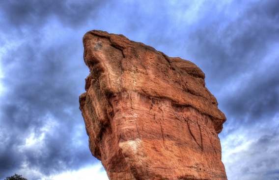 large rock at garden of the gods colorado