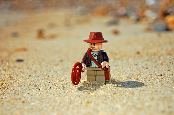lego indiana jones in the desert