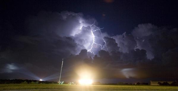 lightning weather rocket