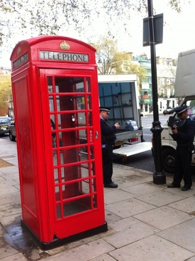 london telephone booth red telephone box