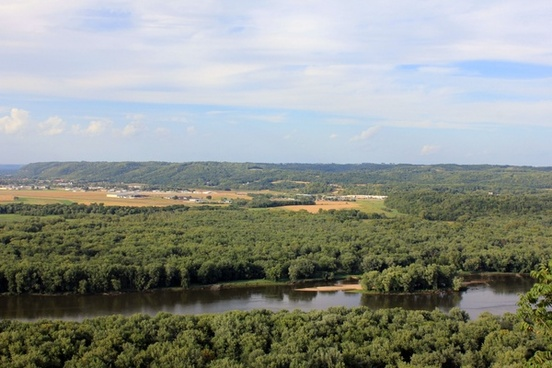 looking at prairie du chien at wyalusing state park wisconsin