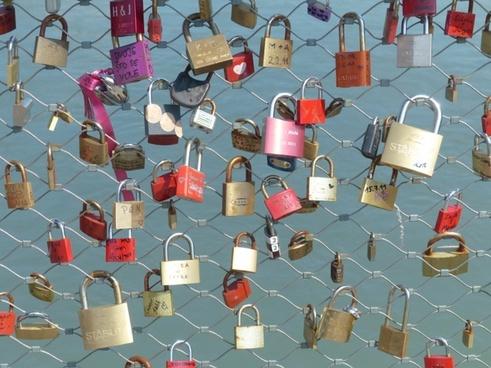 love locks castles fence