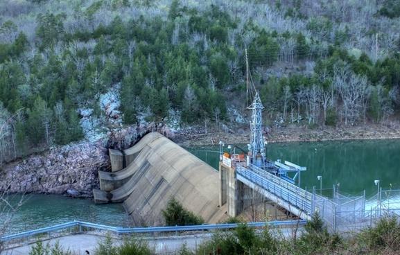 lower dam at meramec state park missouri