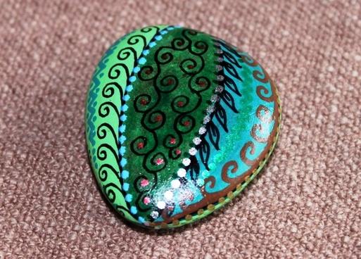 lucky stone cabaret stone